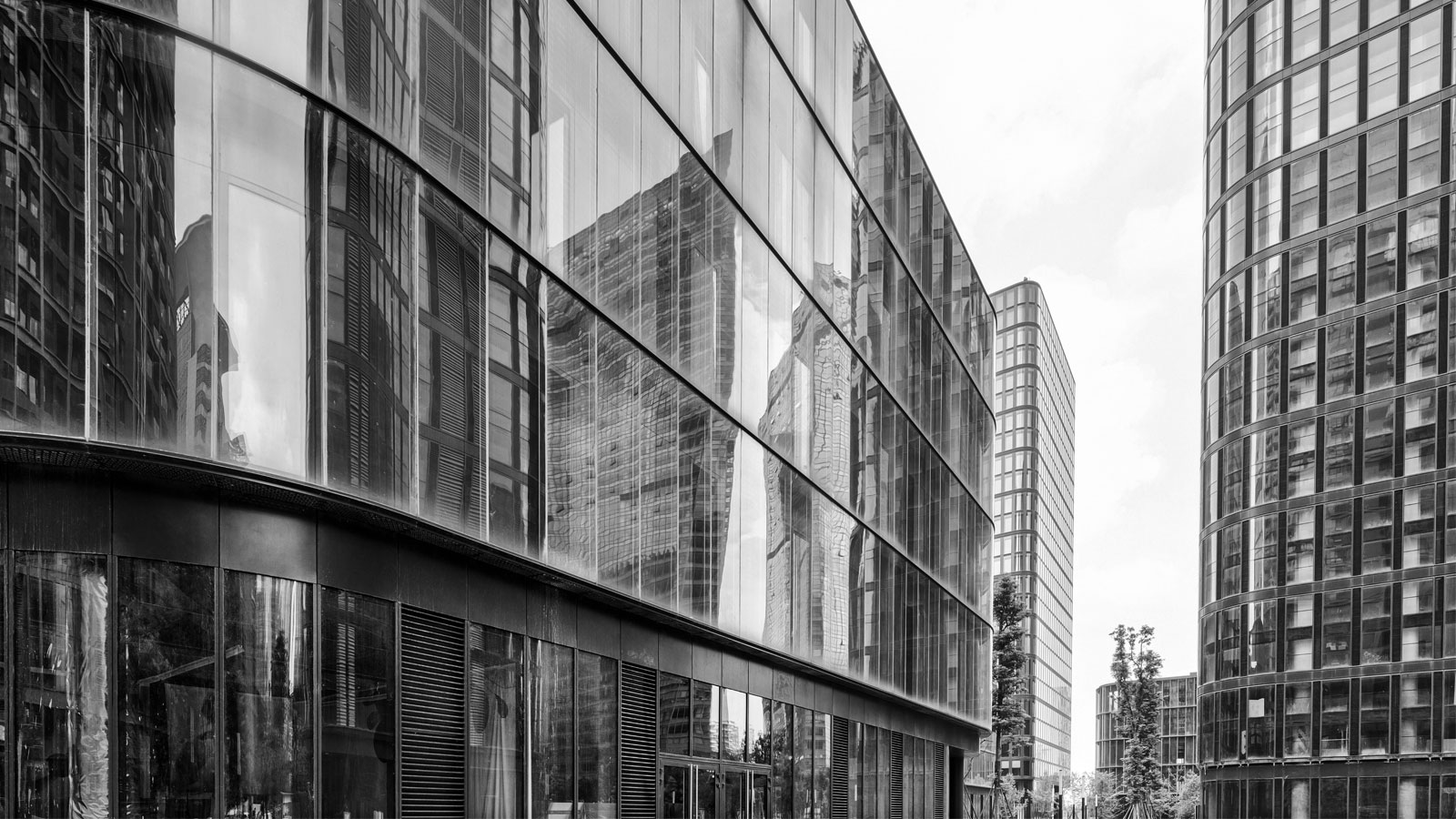 Glass Company In Dubai - Leading Glass Manufactureres In Dubai